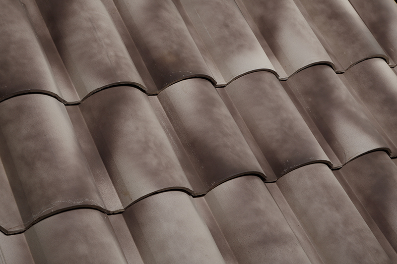Looking for the advantages and disadvantages of clay roof tiles? Find out here at Claymex!