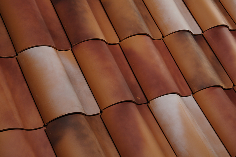 Looking for images of clay tile roofs? We offer the best tiles in the market. Find out more here!